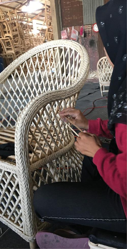 Pica Chair 500 x 981